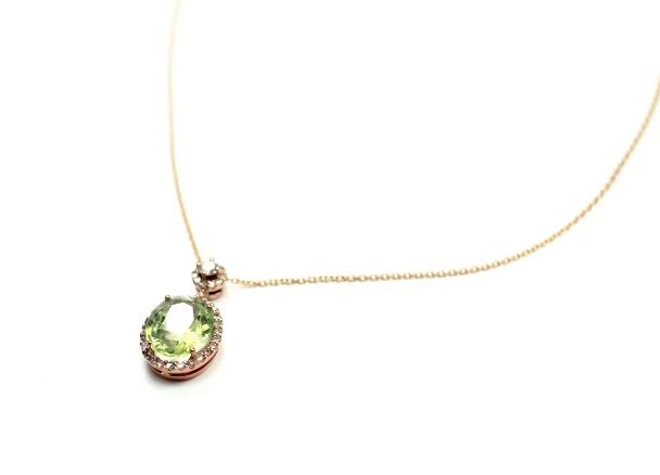 kuvars yeşil kolye mücevher fotoğrafçılığı ışıltan ırmak