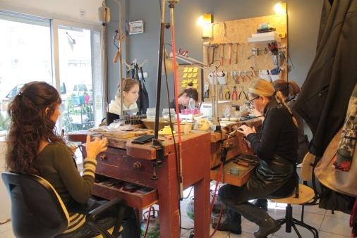 İzmir de takı tasarım dersleri - hobi kursu - takı kursu - ışıltan ırmak